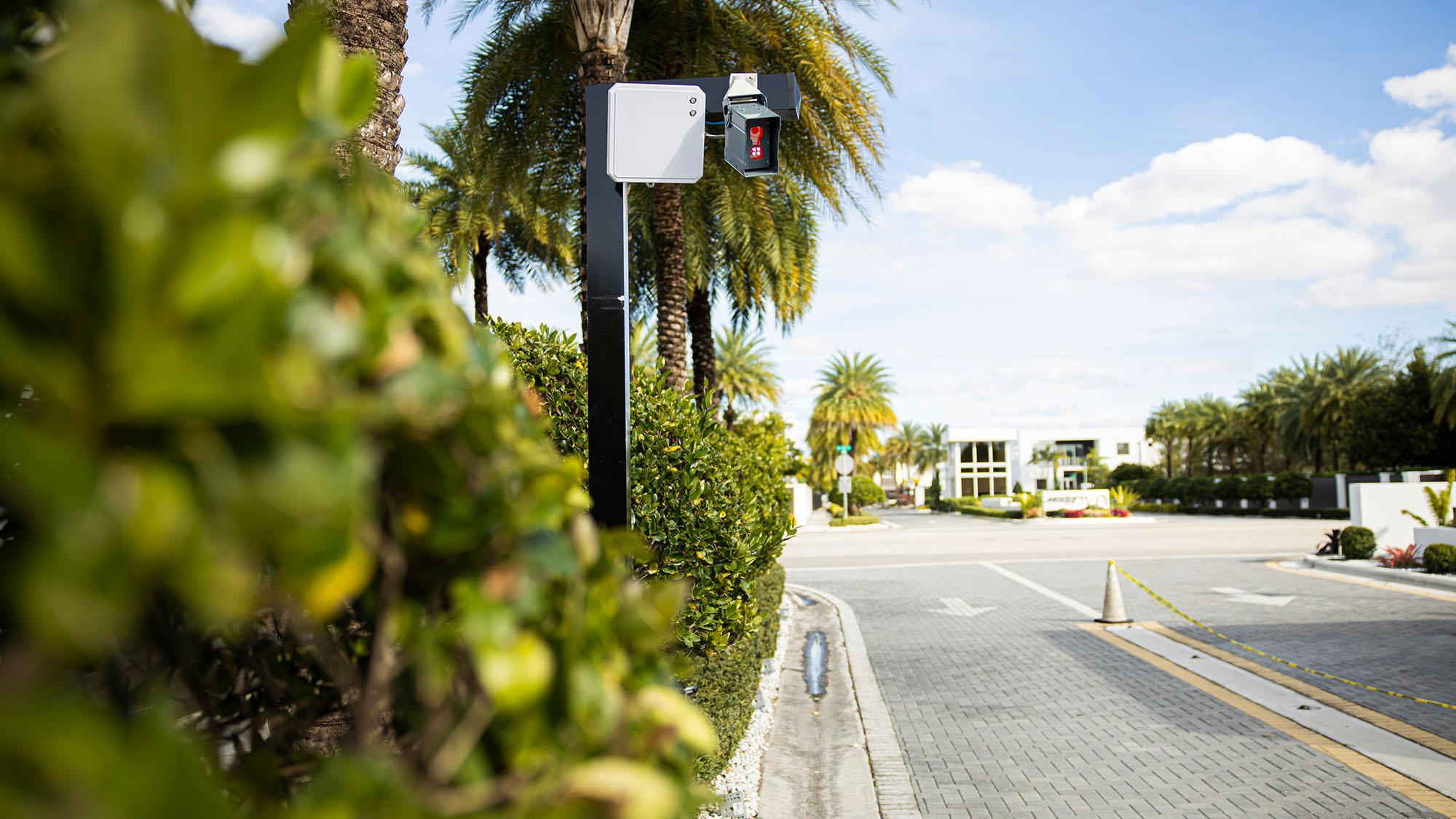 Survision: License Plate Recognition (LPR) Cameras for Parking Solutions