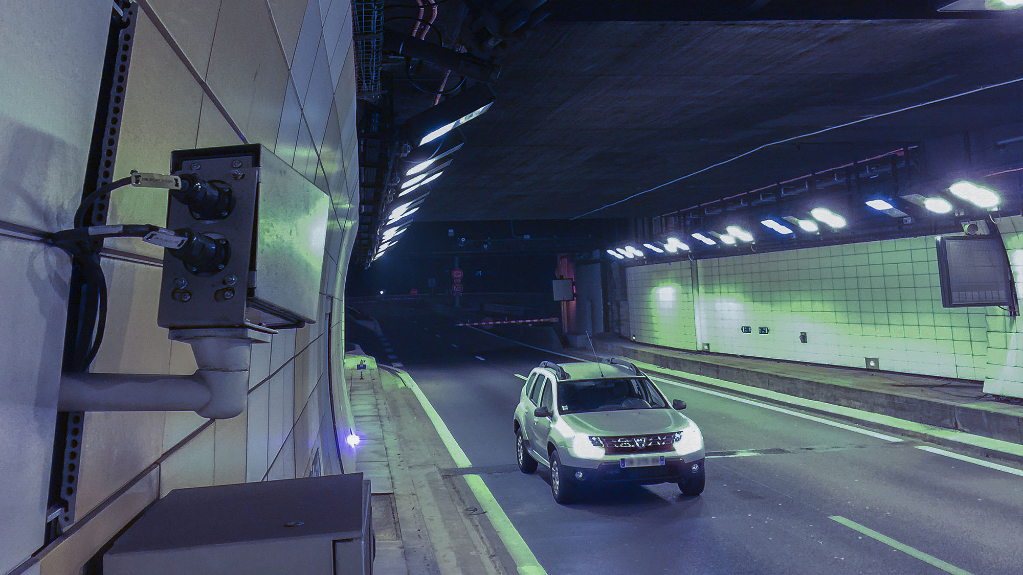 Survision LPR Cameras for tunnel security